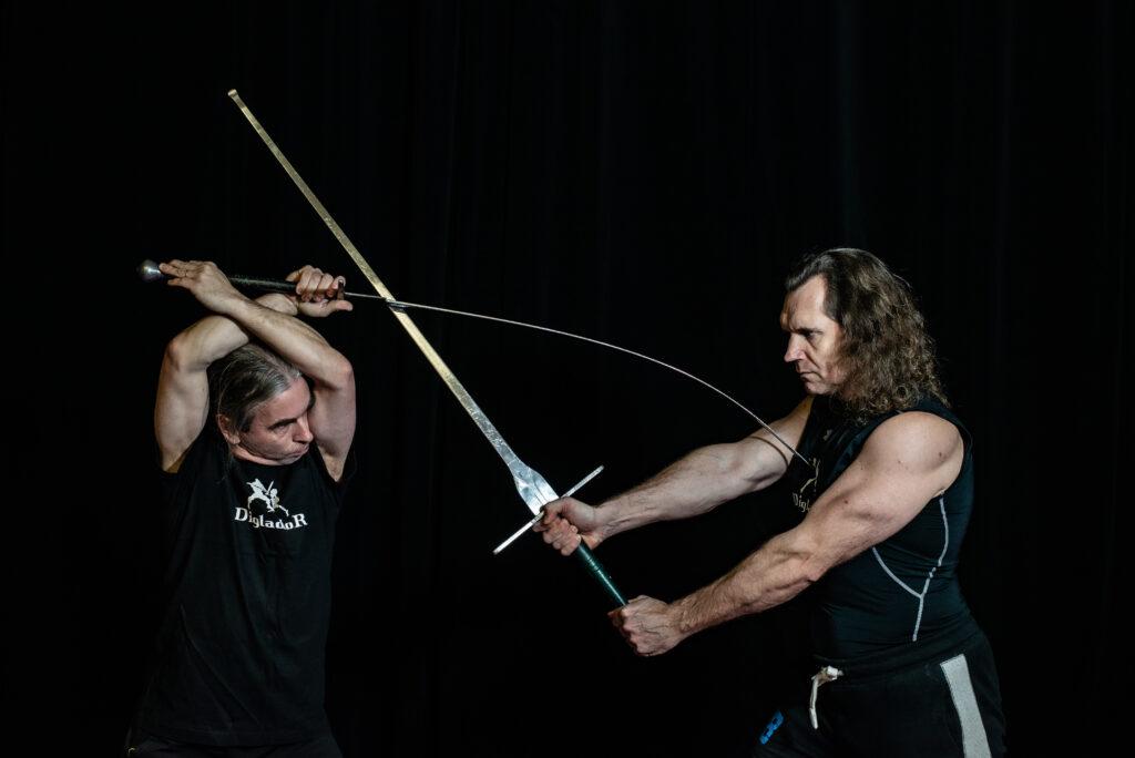 digladior šerm mečem